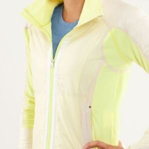 ✨Like New✨Lululemon Run Bundle Up Jacket Removable
